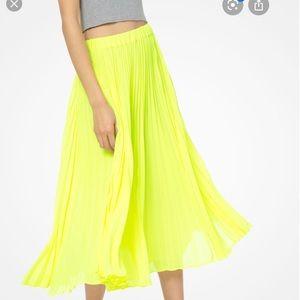 Michael Kors Georgette Pleated Skirt Neon yellow